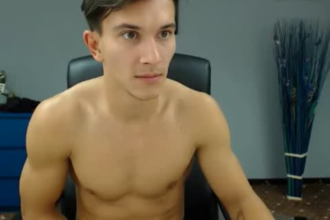 Romanian pretty boys Cums On cam,So sexy ass