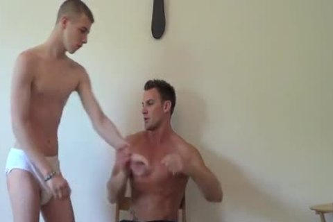 Collegeboy Carl Earns A spanking