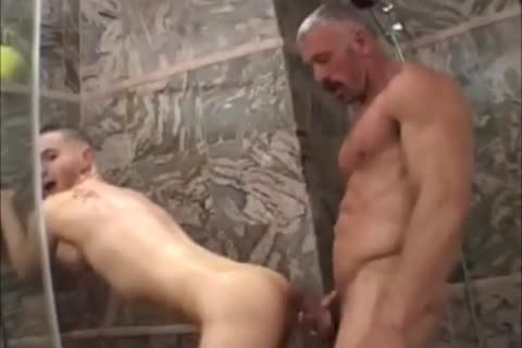 Muscled dad pounds angel lad